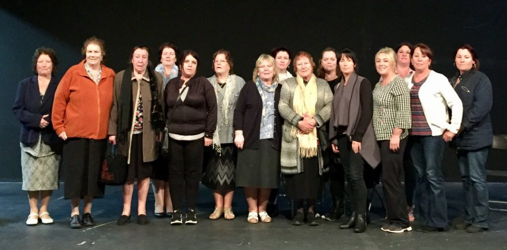 Group photo of Kathleen Warner Yeates and the Traveller Women who took part in the theatre project